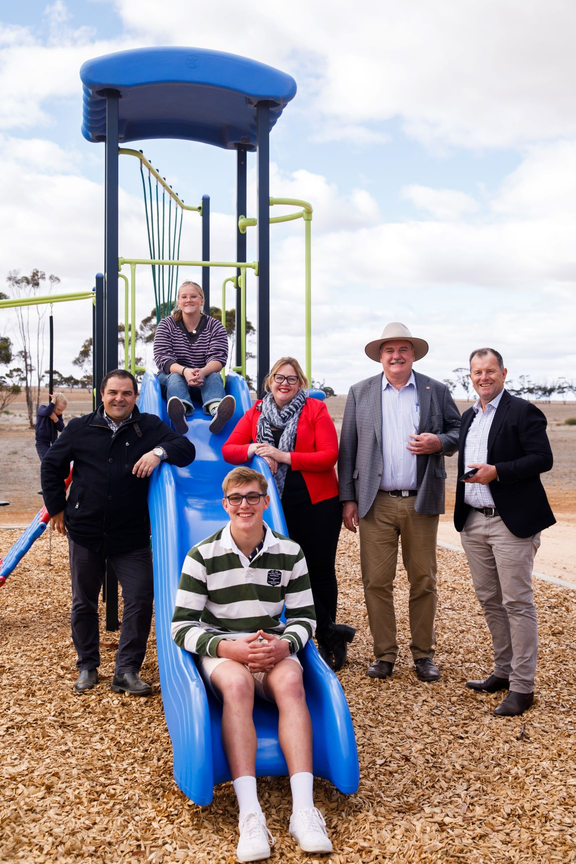 DROUGHT COMMUNITIES PROGRAM SUPPORTS KAROONDA